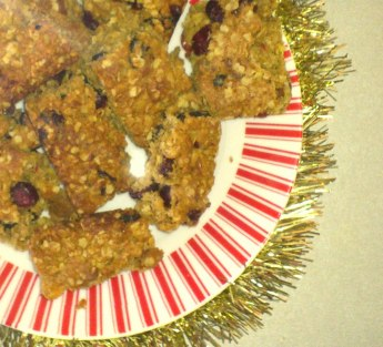 Festive easy flapjack recipe with oats, flour, dried fruit, spice, butter